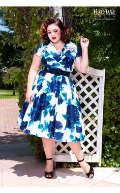 Pinup Couture- Birdie Dress in Vintage Blue Rose - Plus Size | Pinup Girl Clothing