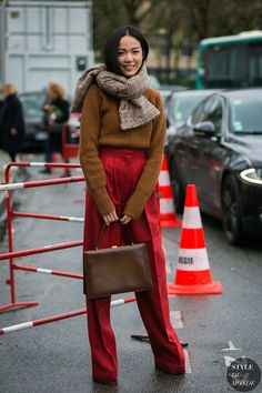 Paris Fashion Week Fall 2017 Street Style: Yoyo Cao
