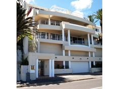 Camps Bay Property for sale, http://www.greeff.co.za/properties-for-sale-camps-bay/0-0-0-1-s6greeff11014#