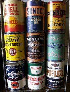old oil cans Vintage Oil Cans, Vintage Tins, Vintage Auto, Old Gas Pumps, Vintage Gas Pumps, Oil Company Logos, Old Fashioned Photos, Old Garage, Old Gas Stations