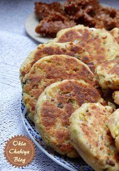 Les harchas sont des galettes de semoule qui nous viennent du Maroc. A la base, les harchas sont des galettes natures que l'on arrose de miel et que l'on déguste autour d'un bon verre de thé à la menthe, une version sucrée donc. Mais peu à peu se sont développées des versions salées de cette…