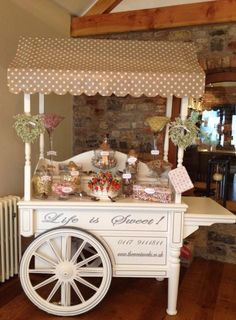 Best Choice For Coffee Bar Halloween Design 41 Candy Table, Candy Buffet, Dessert Table, Wedding Sweet Cart, Bar Deco, Coffee Bar Design, Sweet Buffet, Sweet Carts, Candy Cart