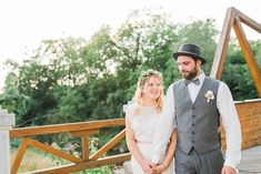 Hochzeitsfotografie — Hals über Kopf Boho Stil, Elegant, Riding Helmets, Jackets, Fashion, Good Day, Wedding Photography, Newlyweds, Wedding Dress