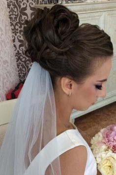 Awesome Wedding Bun Hairstyles ★ wedding bun hairstyles high curly bun with veil olgadavydova stylist Braided Hairstyles Updo, Bridal Hairdo, Hairdo Wedding, Wedding Hairstyles With Veil, Bride Hairstyles, Wedding Shit, Updos, High Bun Wedding, High Bun Hair