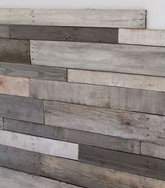 Beautiful Staining Your Pallet Wood: Tips for Beginners #palletstain #reclaimedpallet #recyclingwoodpallets So you've found a beautiful wooden pallet, and you're ready to start your pallet project? The first step is to dismantle your pallet, do not miss our ...