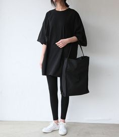 monochrome minimalist women's chic. fashion. style. beauty. casual outfit.