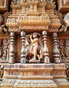 Krisha on Antique South Indian Wood Door Indian Temple Architecture, Wooden Pillars, Indian Doors, Door Gate Design, Carving Wood, Pooja Rooms, Shree Krishna, Saree Dress, Door Knockers