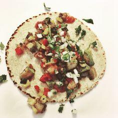 picadillo de verduras, salsa roja, cilantro onion #tacotuesday