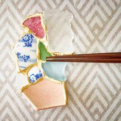 陶片を箸置きとしてよみがえらせる。日本人陶芸家の「金継ぎ」がNYへ | TABI LABO