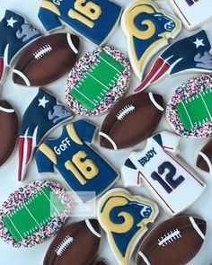 68a5f57af4ccc Gateaux De Football, Idées De Biscuits, Cookies Décorés, Cookies Au Sucre,  Designs