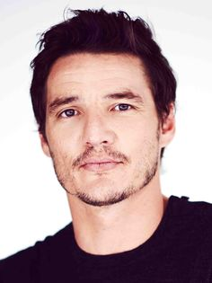 Pedro Pascal is amazing in Season 2 of Narcos!