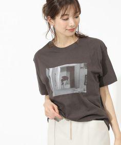 Photo Transfer, Modern Love, Apparel Design, Love Story, Shirt Designs, Sweatshirts, Clothing, Model, Sweaters