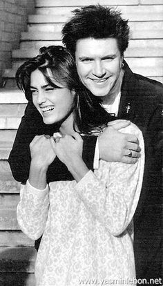 Happy Birthday Yasmin Le Bon. Born 50 years ago, she shares the same birthday with my dad- October 27th.  She dodged a bullet when she almost turned Simon down because she wanted to go out w/Rod Stewart. As a huge Duranie from the early 80's she is the only girlfriend/wife that we all liked!
