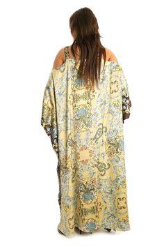 So beautiful! Pirl color silk dress with Renaissance print by Zafirah Fashion #dress #fashion #Dubai #zafirahfashion