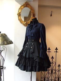 Best Ideas For Skirt Black Outfit Gothic Lolita Source by ideas fiesta Pretty Outfits, Pretty Dresses, Beautiful Dresses, Old Fashion Dresses, Fashion Outfits, Dress Fashion, Fashion Clothes, Fashion Boots, Gothic Lolita Fashion