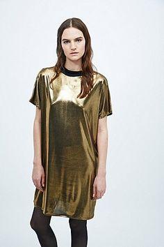 Sparkle & Fade – Kleid mit Stehkragen in Metallic-Gold - Urban Outfitters