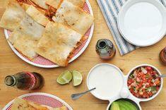 Rollo De Carne Quesadillas, Main Dishes, Side Dishes, Frijoles Refritos, Feel Good Food, Snack Recipes, Snacks, Tasty, Yummy Food