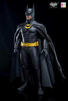 Batman Cape, Batman And Superman, Spiderman, Michael Keaton Batman, Tim Burton Batman, Batman Returns 1992, Batman Artwork, Batman Stuff, Detective Comics