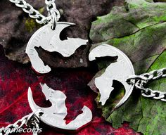 Wolf Friendship necklaces, 3 piece Interlocking quarter jewelry set, hand cut coin 3 wolves howling made from the same coin. Very very cool and you