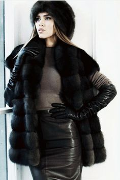 Black Leather Gloves, Leather Skirt, Sexy Women, Women Wear, Smart Outfit, Fur Jacket, Leather Outfits, Ladies Style, Fur Coats