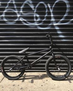 Welcome to the Indie Site For BMX and Skateboarders World Wide! Vintage Bmx Bikes, Old Bikes, Dirt Bikes, Scooter Bike, Bmx Bicycle, Bmx Videos, Bmx Bandits, Bmx 20, Cars