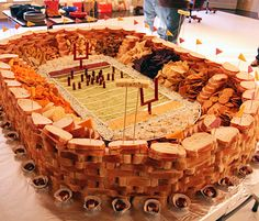 The championship collection of Super Bowl food stadiums. These edible football stadiums are take game-day parties to the next level, from Cooking Channel. Healthy Superbowl Snacks, Football Snacks, Football Stadiums, Football Parties, Football Season, Football Banquet, Quick Snacks, Yummy Snacks, Party Hacks