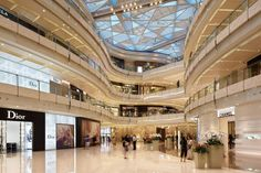 Shanghai ifc mall  This 85,400m² scheme is set in the heart  of the financial district of Shanghai and, in  response to it's surroundings, Benoy created  an exciting and contemporary interior  scheme with direct links to the Pearl Tower  and MRT underground.