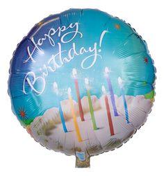 """Geburtstagskuchen zählt nicht gerade zur leichten Kost - bis jetzt! Unser Ballon """"Happy Birthday Geburtstagskuchen"""" hat unschlagbare 0 Kalorien. Seine Kerzen brennen zuverlässiger als das olympische Feuer. Einziges Manko: Mit der Essbarkeit hapert es ein bisschen."""