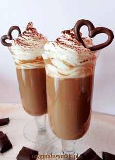 Coffee Cafe, Coffee Shop, Vegan Ice Cream, Coffee And Books, Frappe, Delicious Desserts, Food To Make, Food And Drink, Smoothie