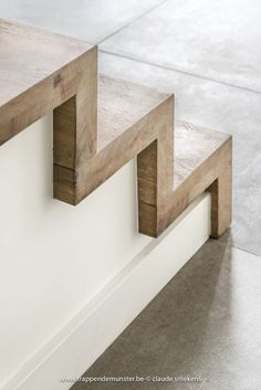 escaliers moderne trappen demunster waterven heule trap trappen houten t - The world's most private search engine Staircase Railings, Wood Stairs, House Stairs, Staircase Ideas, Concrete Stairs, Basement Stairs, Staircase With Landing, Wood Stair Treads, Staircase Decoration