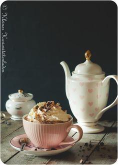 Heiße Schokolade mit Espresso Chocolate Shake, Chocolate Coffee, Chocolate Desserts, Cocktail Drinks, Cocktails, Frappuccino, Coffee Love, Dessert Bars, Yummy Drinks