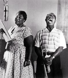 Ella Fitzgerald & Louis Armstrong.