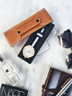 Marble and NATO make a perfect combination. Feat the Siena Rose Watch.