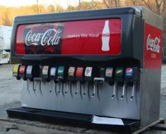 Soda fountain with 12 options. And just like the pictured one, mine would offer Coke AND Pepsi. #DreamFSW #foodie