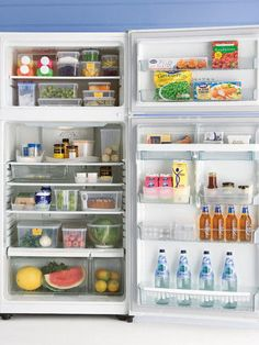 Most dangerous place in the fridge? With bacteria every square centimetre… it's the salad drawer Freezer Organization, Refrigerator Organization, Kitchen Organisation, Home Organization, Organized Fridge, Organize Your Life, Kitchen Hacks, Kitchen Ideas, Modern Minimalist