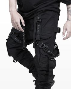 Mode Cyberpunk, Cyberpunk Fashion, Tactical Wear, Tactical Clothing, Punk Outfits, Casual Outfits, Fashion Outfits, Mode Streetwear, Streetwear Fashion