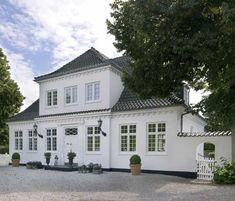 Stockholm Vitt - Interior Design: International Elegance
