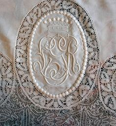 Antique lace monogra