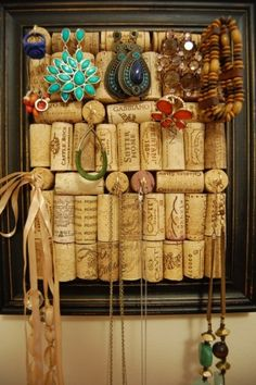 Good idea on a way to reuse wine corks. Display & storage for your jewelry.