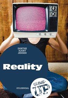 I elevbogen præsenteres reality igennem tv-programmer, film og bøger. Vi kommer med bag kameraet, eksempler på, hvordan realityprogrammer manipulerer situationer for at skabe godt tv. Elevbogen er spækket med opgaver, der træner mundtlighed og elevernes evne til analyse og selvstændighed. Lærervejledningen: gode skriftlige opgaver til undervisningen, evalueringsskemaer og målsætningsark samt opgaver, der træner læsestrategier, ordforråd og grammatik. Forbereder afgangsprøven.