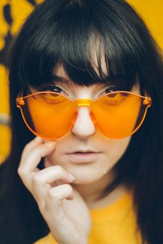 Orange sunglasses are on trend big time this year. Latest Sunglasses, Trending Sunglasses, Sunglasses Women, Crazy Sunglasses, Summer Sunglasses, Sunglasses Sale, Transparent Sunglasses, Mirrored Sunglasses, Red Gold