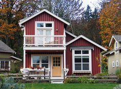 Egret | Ross Chapin Architects 2 bed, 2 bath in a two story cottage.