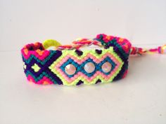Bracelets, pulseras, brazaletes.  Shop online Síguenos en instagram; follow us instagram: @damarysavilaaccesorios