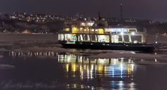 traversier de nuit  overnight ferry Ferry