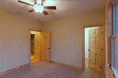 Guest bedroom in The