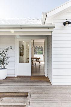 Mcm House, Facade House, Exterior Design, Interior And Exterior, Kitchen Interior, Floor To Ceiling Wardrobes, White Staircase, Beach Shack, Home Reno