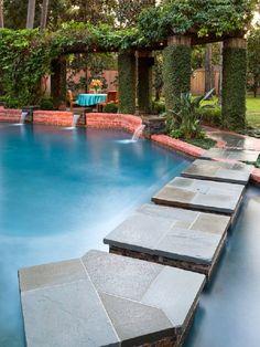 Beautiful Traditional Houston Garden Patio Pool