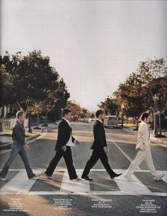 Billy Boyd, Sean Astin, Dominic Monaghan, and Elijah Wood. Abbey Road! ...Oh my God, my two favorite things in the world combined!!! I can die happy!!