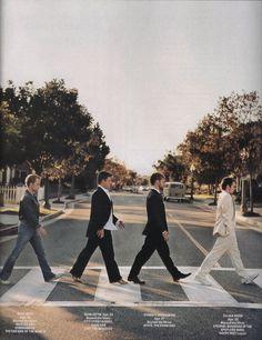 Billy Boyd, Sean Astin, Dominic Monaghan, and Elijah Wood. Abbey Road!