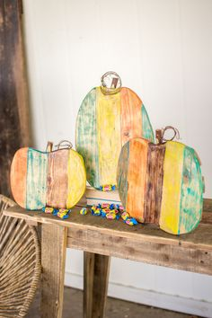 The Kalalou Recycled Painted Wooden Pumpkins are simple and vibrant decorative for your home. These painted wooden Pumpkins will look best when you keep them on the side table. The Kalalou Recycled Pa